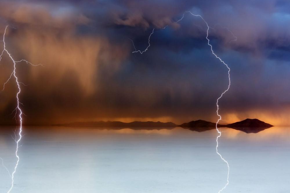 Буря на закате