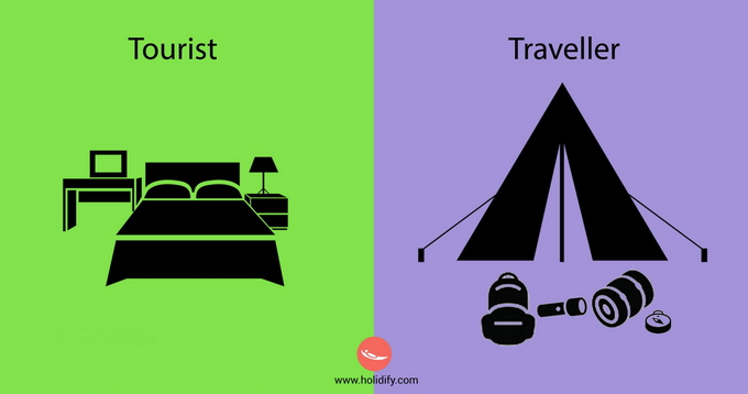 Tourists-vs-Travelers-10