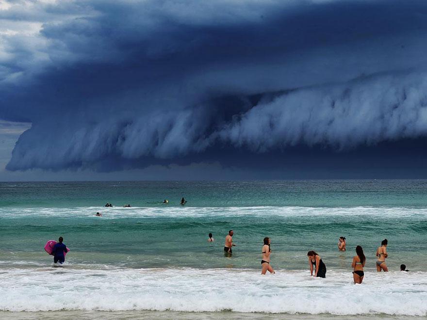 massive-cloud-tsunami-sydney-australia-06