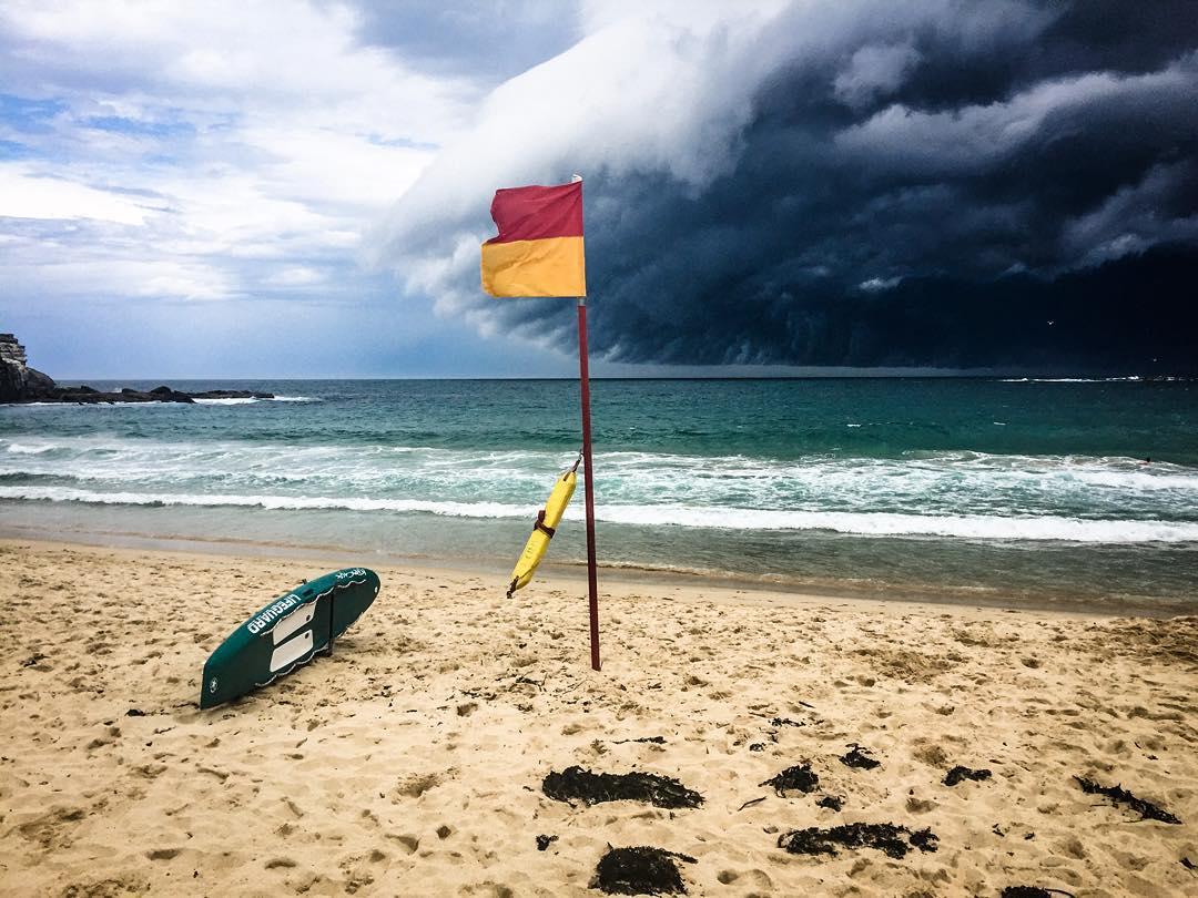 massive-cloud-tsunami-sydney-australia-07