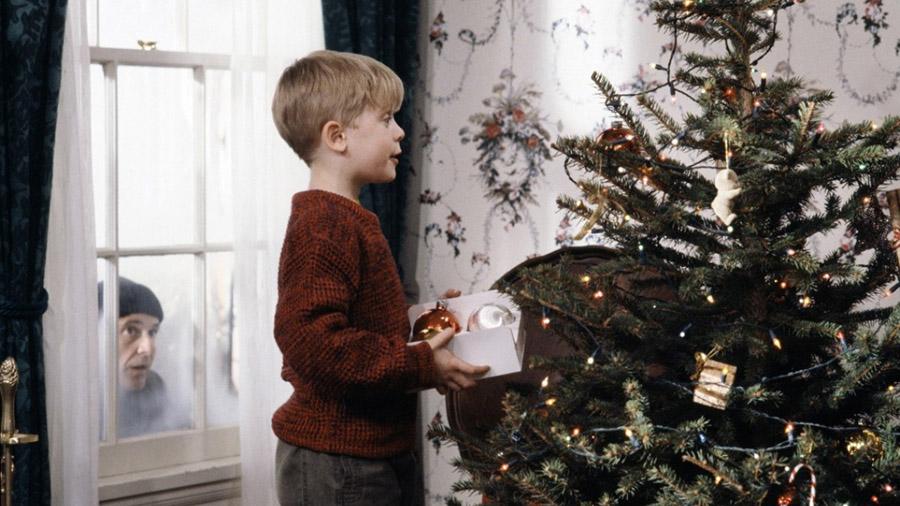Новогодний фильм Один дома