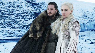 © HBO. Джон Сноу и Дейенерис Таргариен. Кадр из 8 сезона «Игры престолов».